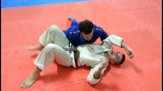 Jiu Jitsu - 557/QG - Saída/Defesa do 100kg (Cem Quilos) por André Machado