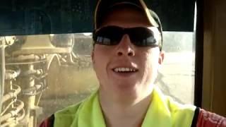 How to operate / drive a scraper