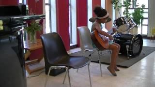 preview picture of video 'Cours de guitare enfants Bois Colombes'