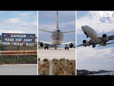 Τουρίστας ήθελε να δει από κοντά απογείωση αεροσκάφους στη Σκιάθο και… εκτοξεύτηκε (βίντεο)