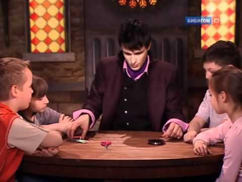 Черная магия с ногтями