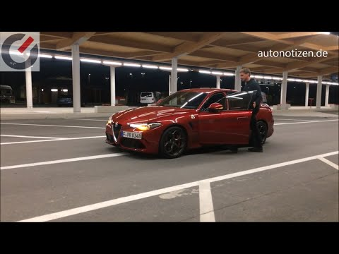 Alfa Romeo Giulia Quadrifoglio Autobahn: 294 km/h / 183 mph