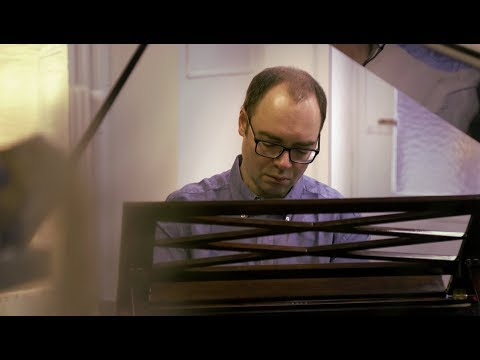 "Alexander Melnikov - ""Many Pianos"""