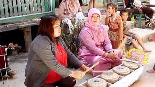 "One Of The Bajau Culture Derawan ""Kulintang Selendang Bergilir"""