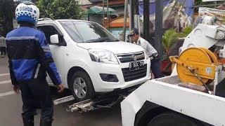 Sisir Wilayah Pondok Labu, Petugas Dishub Jaring 54 Kendaraan yang Melanggar Aturan