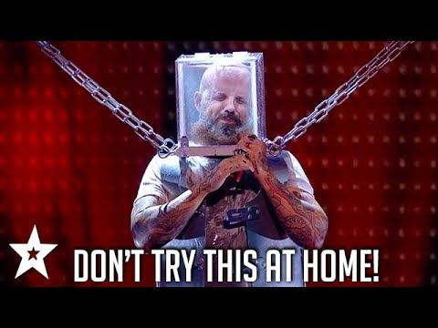 Underwater Escape Artist Breaks Out From Deadly Stunt! | Britain's Got Talent | Got Talent Global (видео)