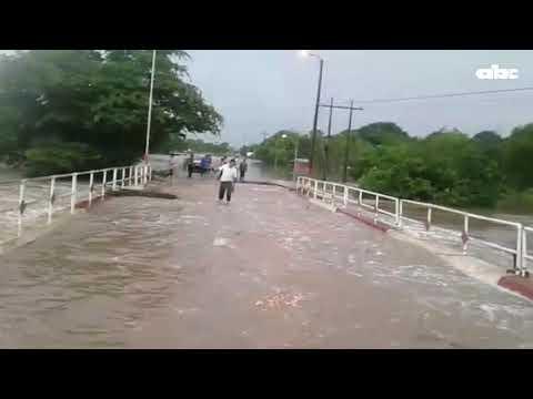 Río Aquidabán inunda localidades de Concepción