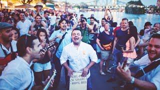 RUMBACOUSTIC - Und das Publikum spielt mit! (Interaktive Mobile Band / Walking Act)