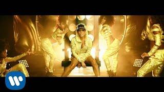 Al Bailar - Yandel feat. Yandel (Video)