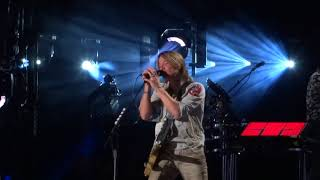 "Keith Urban sings ""Coming Home"" live at CMA Fest"