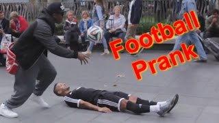 PUBLIC FOOTBALL PRANK (ft F2Freestylers)