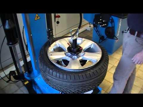 RAV G1150.30MAGIC   Dunlop 245 40 R18 using PLUS