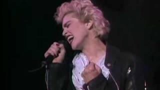 Madonna - Papa Don't Preach Live (Ciao Italia)