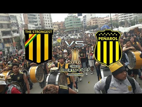 """""""THE STRONGEST 1-0 Peñarol (CARAVANA-DESDA LA CURVA SUR)"""" Barra: La Gloriosa Ultra Sur 34 • Club: The Strongest • País: Bolívia"""