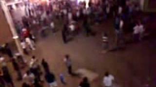 preview picture of video 'Abuso policial - Peatonal de villa gesell, verano 2010'