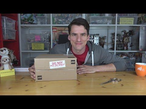 Eine kleine Hilfe, wie Ihr die Disney 2-Figuren aus der LEGO®-Box fischen könnt. Viel Erfolg!