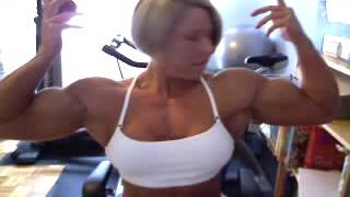 FBB Julie Bourassa Massive Webcam Biceps