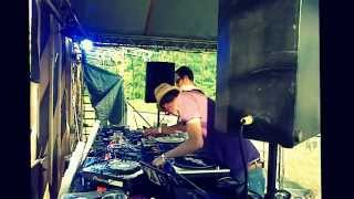 Video Smeti - Give Me (Clip - Forthcoming Serene City Records) ) live