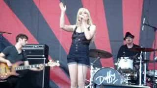 Duffy - Fool For You Live at V Fest Sydney 2009