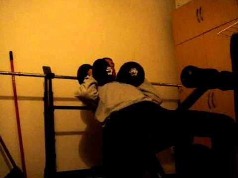 Les douleurs dans les muscles de la bassine à la marche