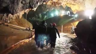 Процесс спасения детей из пещеры в Таиланде