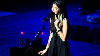 Christina Perri - The Lonely - Live in Singapore HQ