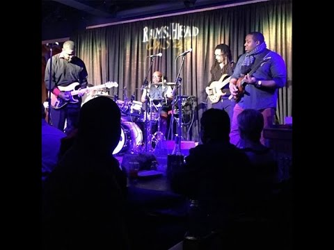 Earl Carter performing live at Rams Head On Stage, Annapolis, MD 2015