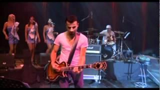 Gabriel Cotabita - Domnisoara, nu pleca 2012 HD.avi