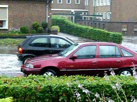 Noodweer in Vierlingsbeek 03-07-2009