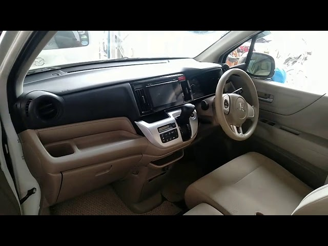 Honda N Wgn Custom G 2014 for Sale in Bahawalpur