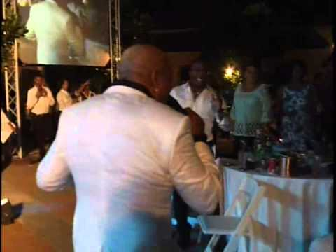 Peabo Bryson Ain't Nobody  Curacao May 2013 with Crosstown Traffic Band