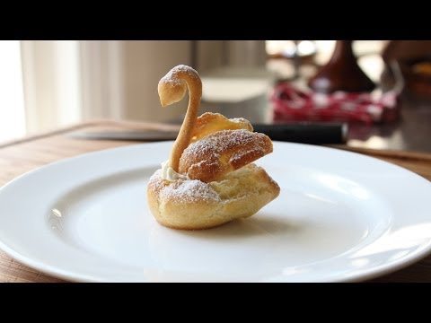 Chocolate Cream Puff Swans – How to Make Swan Cream Puffs for Mother's Day