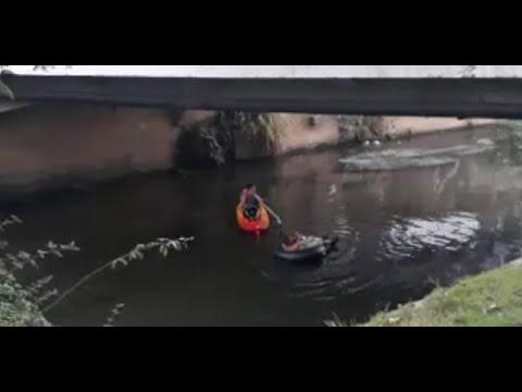 Um passeio de bote e de boia pelo rio Bengalas