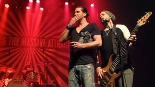 JONAS & THE MASSIVE ATTRACTION - Burn the House Down - Club Soda Montreal Dec. 13, 2013