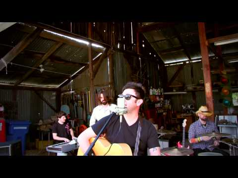 """Wagon Wheel"" Bob Dylan / Old Crow Medicine Show cover by The Small Kicks"