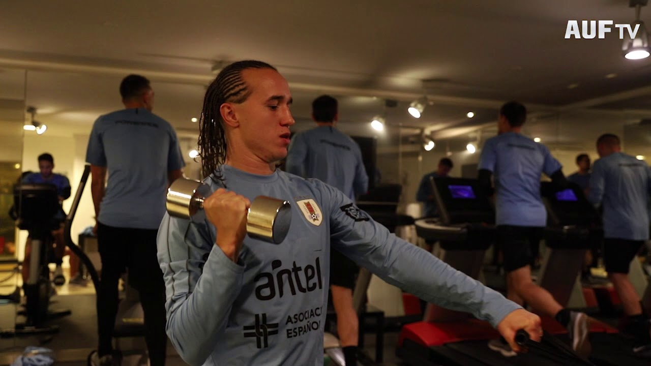 Uruguay entrenó por primera vez en Budapest