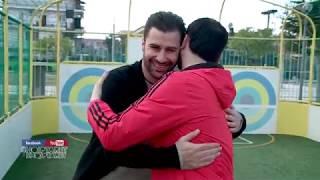 Elvis Naçi Dhe Lorik Cana Luajne Futboll Se Bashku Me Femijet!