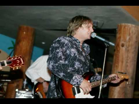 Shallow Water Rock'n at Salty's