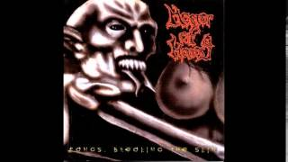 Horror of Horrors - Fangs
