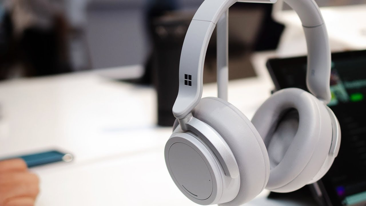 Microsoft Surface Headphones hands-on: noise-cancelling and Cortana thumbnail