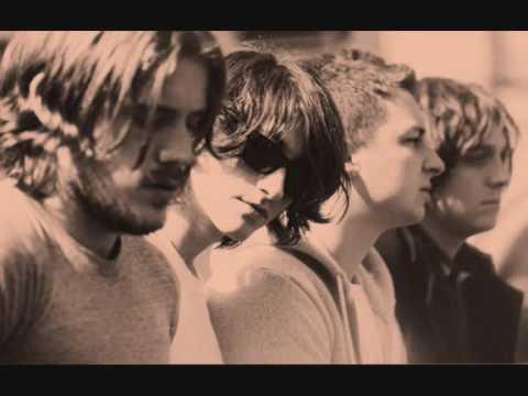 Arctic Monkeys - Dangerous Animals
