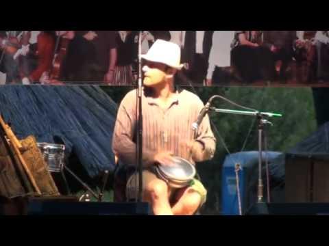 folkBEATS  2011 07 09  HYPERNOMAD LIVE ESSENCE spot 1
