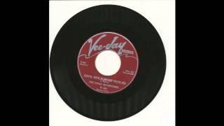 Swan Silvertones - Jesus, He's Alright With Me - Vee Jay 860