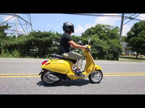 Mellow Yellow Vespa 150 review