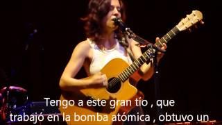 Ani DiFranco The Atom subtítulos en Español