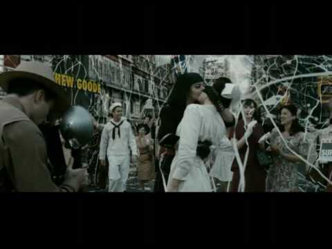 Watchmen (2009).  V-J Day Kiss