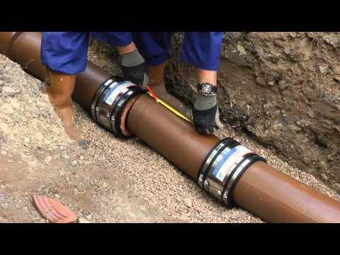 Einbau eines Rohrstückes oder Abzweiges mittels SC-Manschetten.mp4