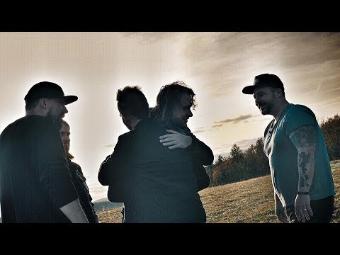 Support Lesbiens - Movin' on (official video)