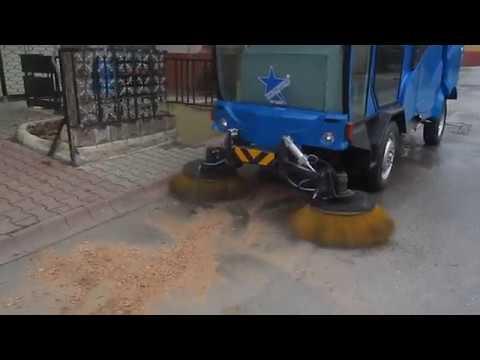 Sokak Süpürme Aracı