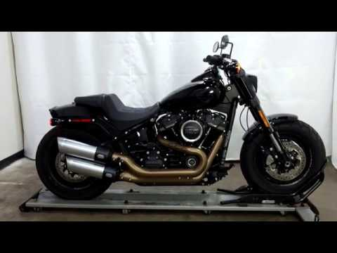 2018 Harley-Davidson Fat Bob® 107 in Eden Prairie, Minnesota - Video 1